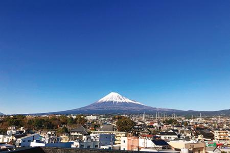 ゲストハウス14屋上からの富士山