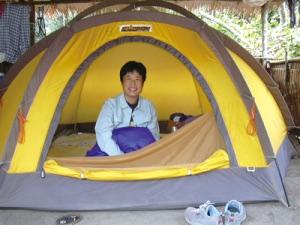 ガボンでのゴリラ生態調査ベースキャンプのテント。安藤さんは基本的にこのテントで生活していた。